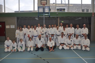 Clinic bij karatevereniging Atarashii